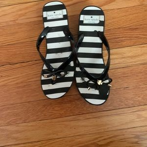 Kate spade strip flip flops